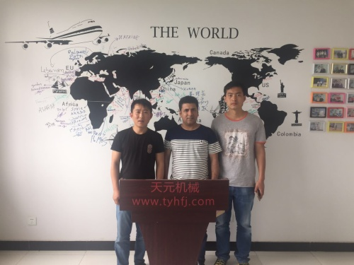 Russian customer visits factory for checking pillow machines on JUN 22ND,2017