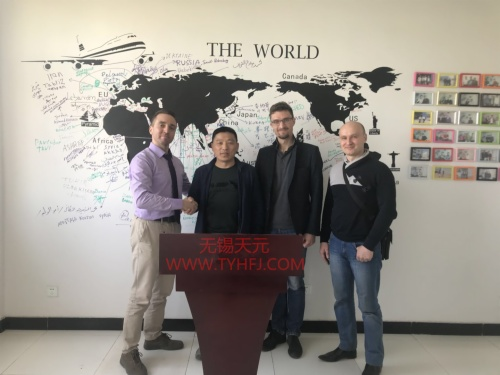 Russian customer visits factory on APR 08,2018